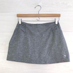 {Mountain Hardwear} Gray space dye skort, S